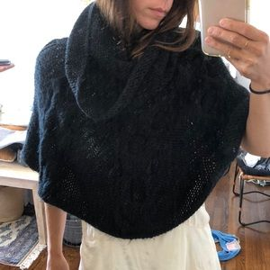 Jackets & Blazers - Cable knit poncho